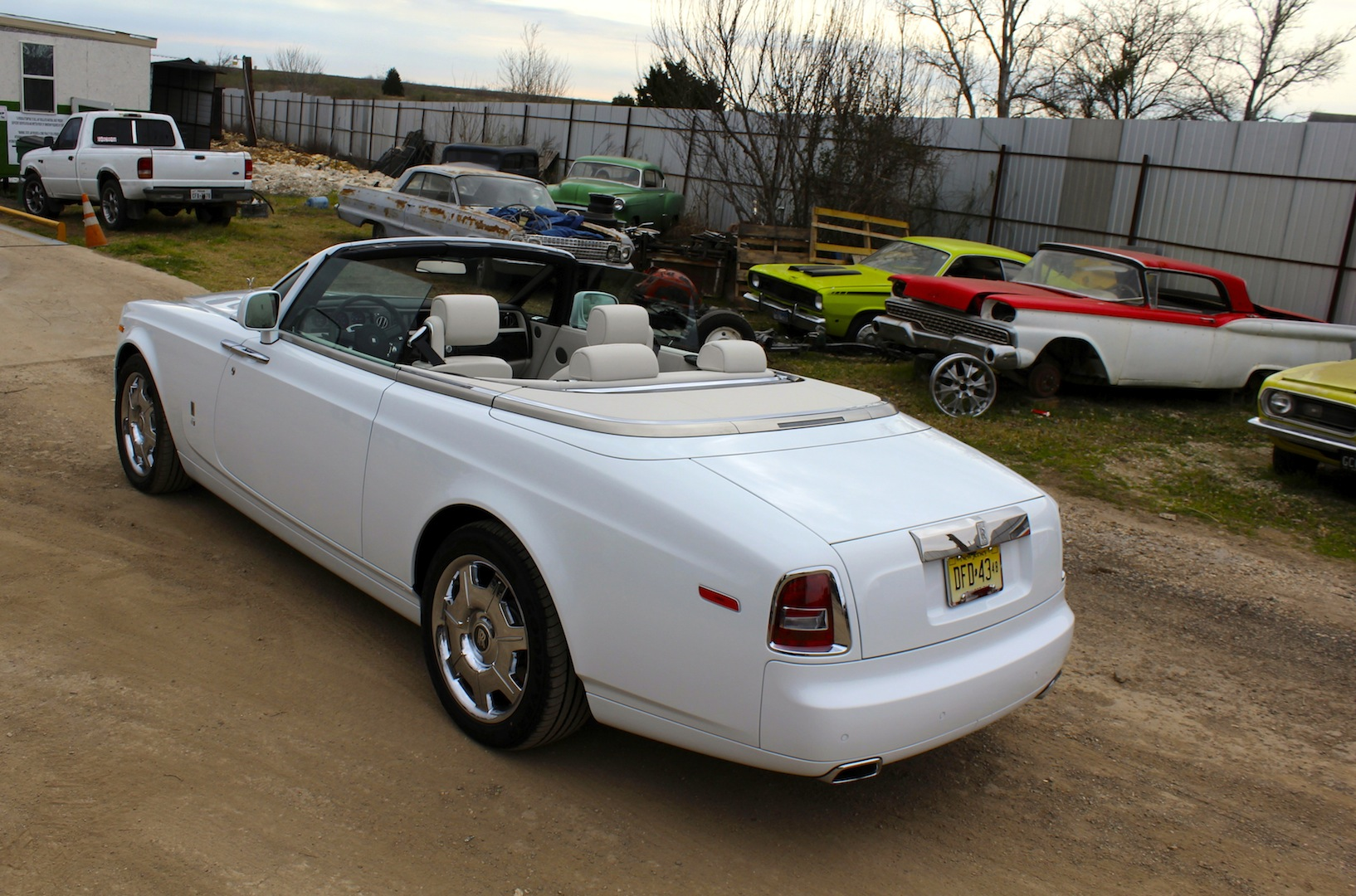 2015 rolls royce phantom drophead coupe 03. Black Bedroom Furniture Sets. Home Design Ideas
