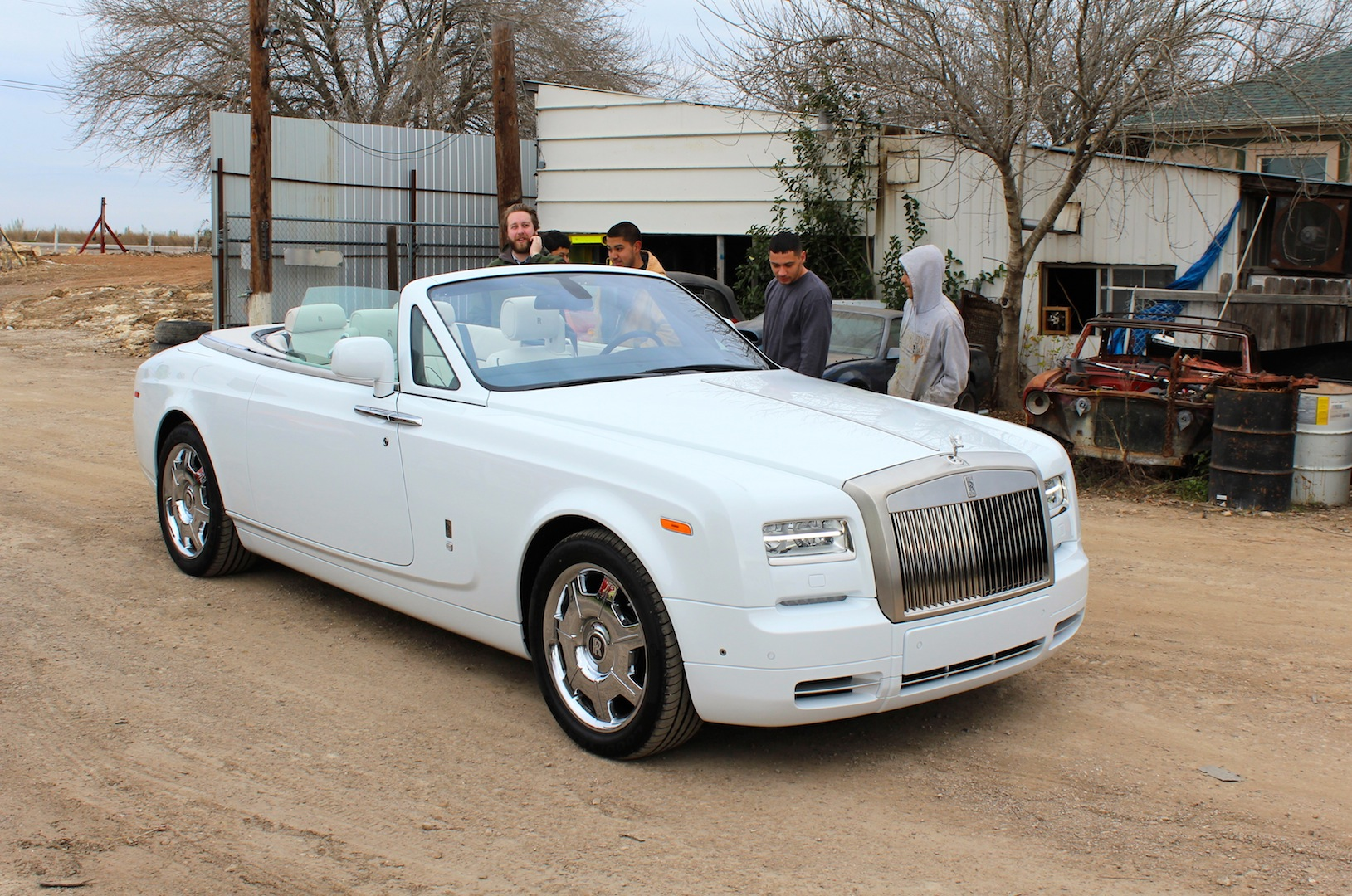 2015 rolls royce phantom drophead coupe 05. Black Bedroom Furniture Sets. Home Design Ideas