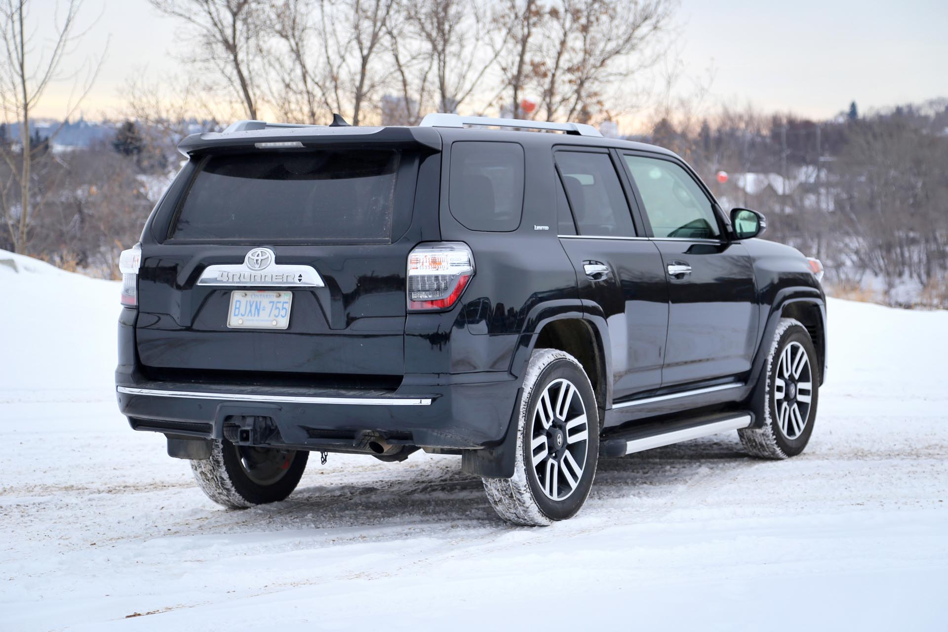 2015 toyota 4runner limited 5 passenger. Black Bedroom Furniture Sets. Home Design Ideas