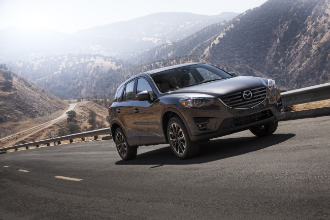 2016-Mazda-CX5-1