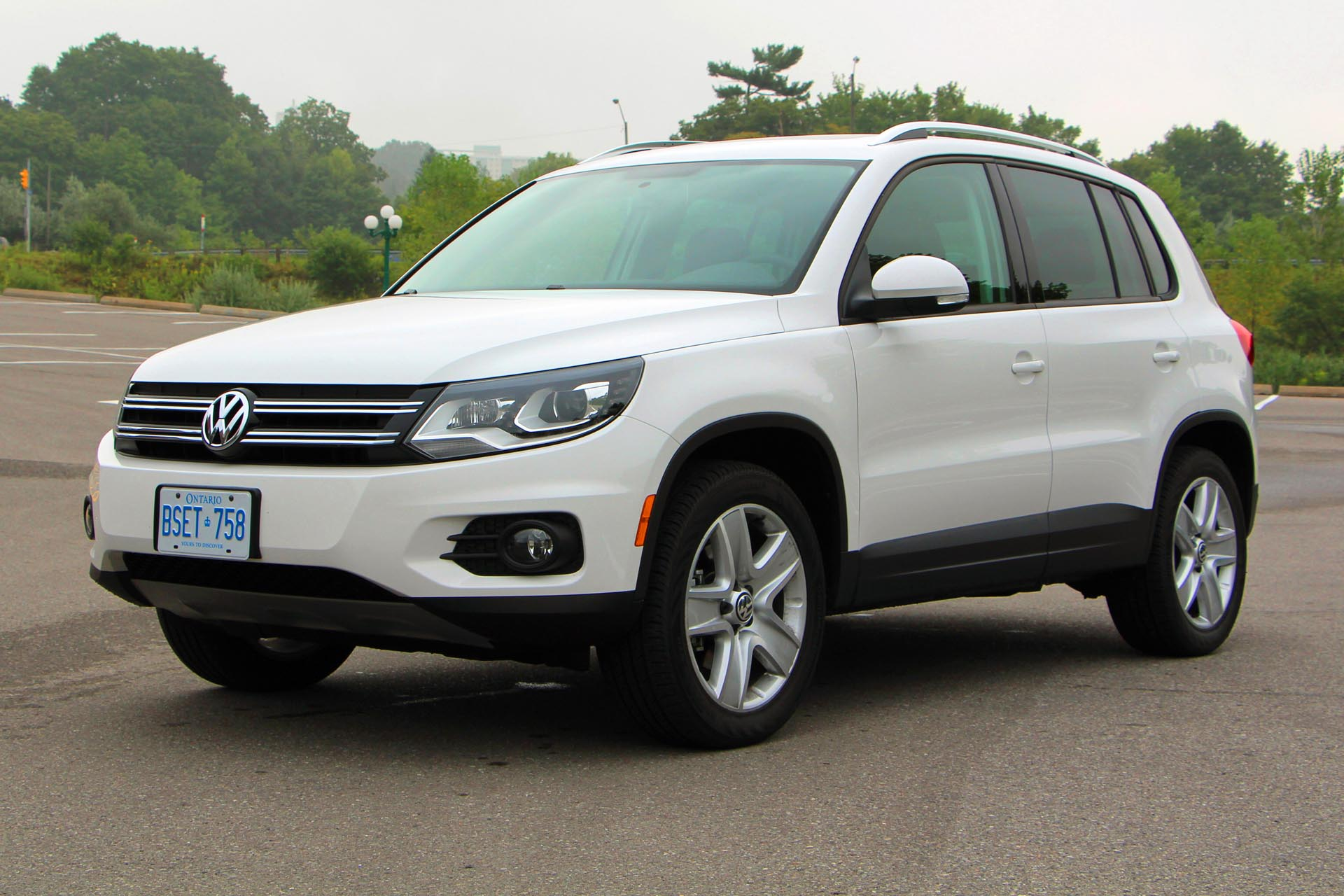 2014 volkswagen tiguan comfortline. Black Bedroom Furniture Sets. Home Design Ideas