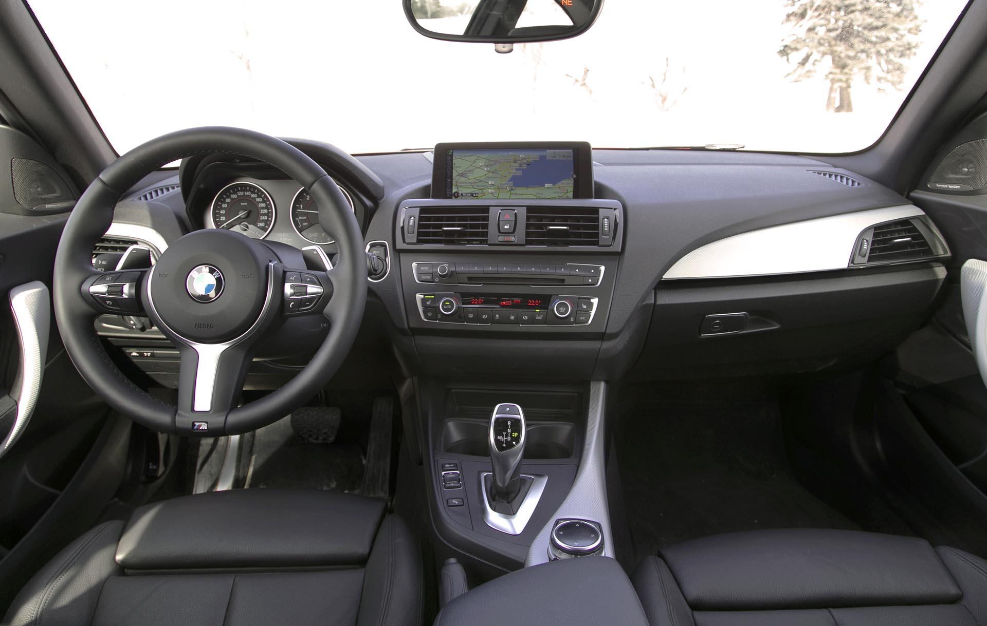 2015 BMW M235i xDrive Autos