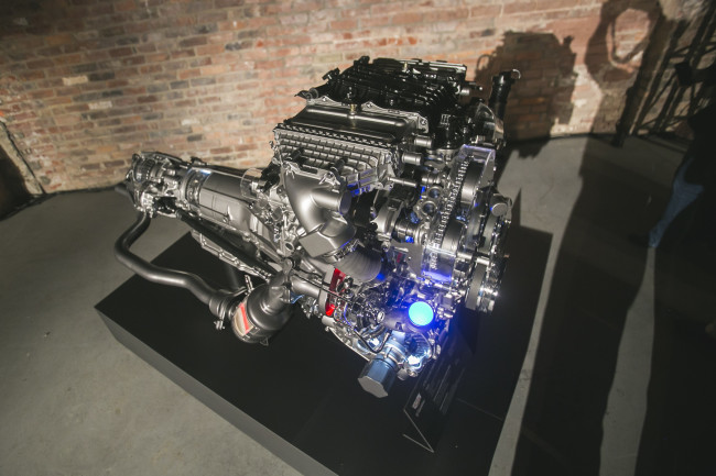 Cadillac CT6 3L Twin Turbo Powertrain-16