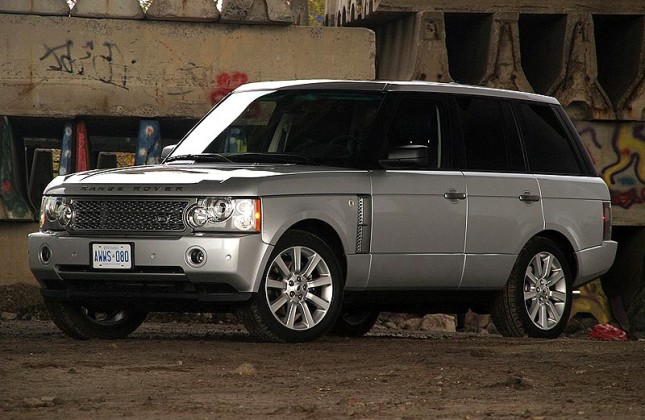 used vehicle review land rover range rover 2002 2012. Black Bedroom Furniture Sets. Home Design Ideas