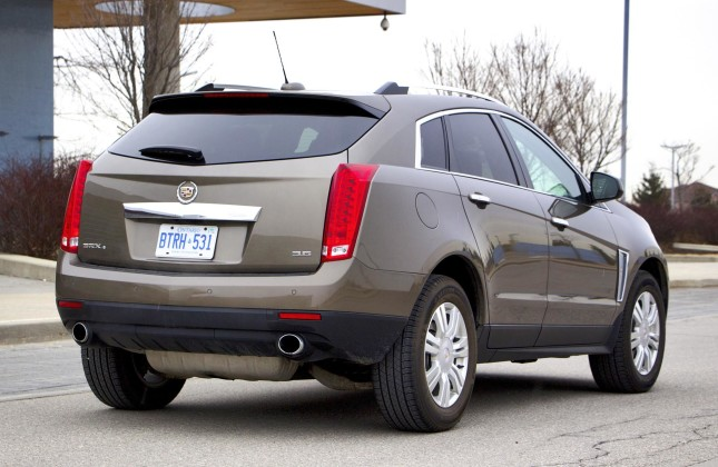 used vehicle review cadillac srx 2010 2015. Black Bedroom Furniture Sets. Home Design Ideas