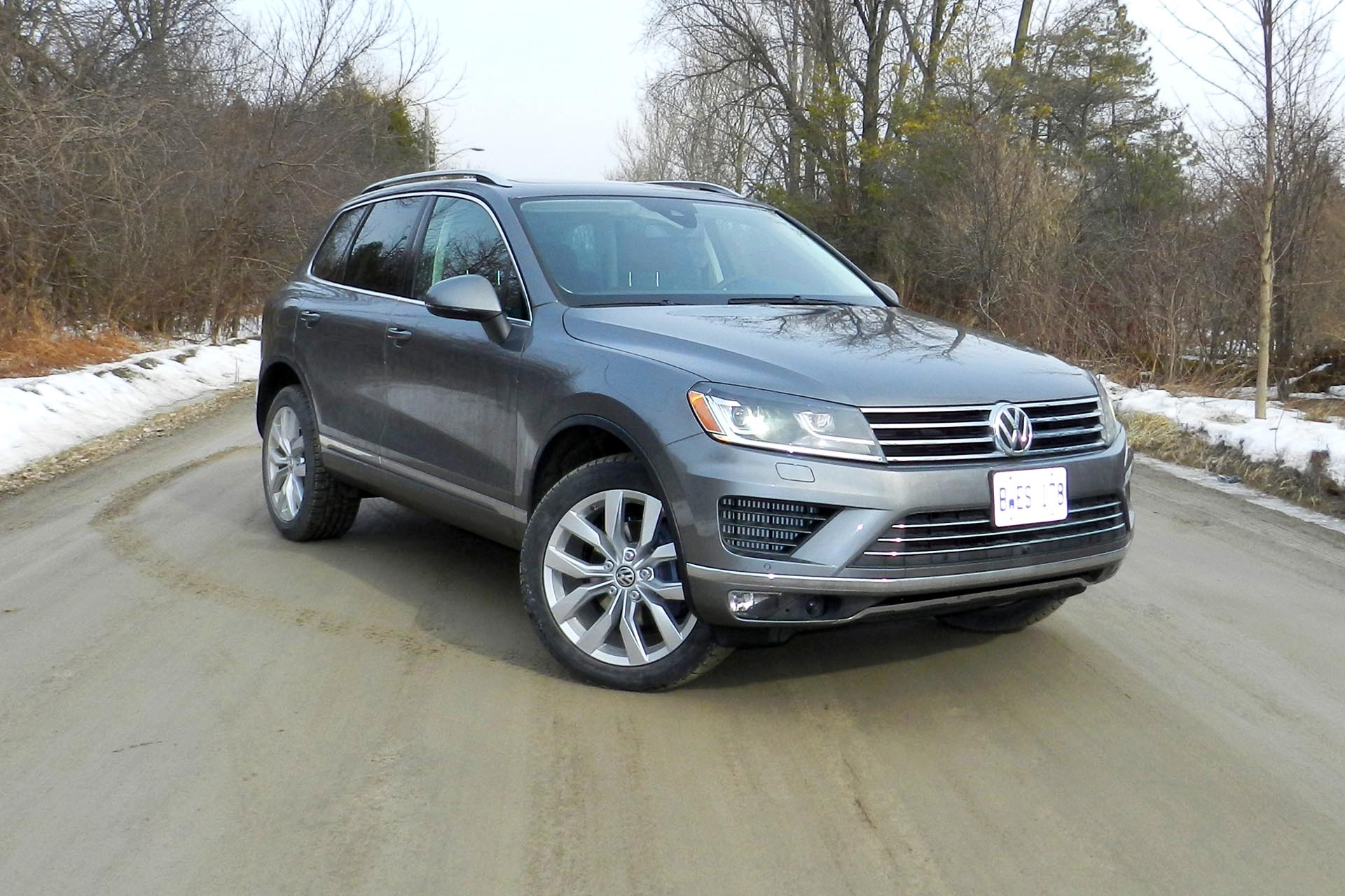 test drive 2015 volkswagen touareg tdi. Black Bedroom Furniture Sets. Home Design Ideas