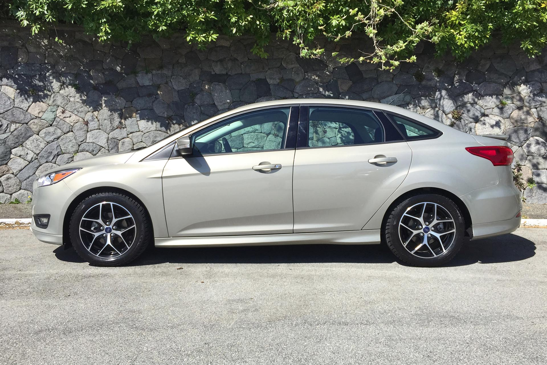 2015 Ford Focus Se Sedan Gw 07
