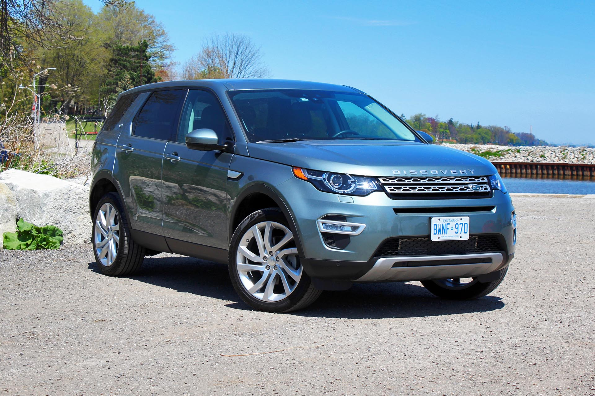 test drive 2015 land rover discovery sport hse luxury. Black Bedroom Furniture Sets. Home Design Ideas