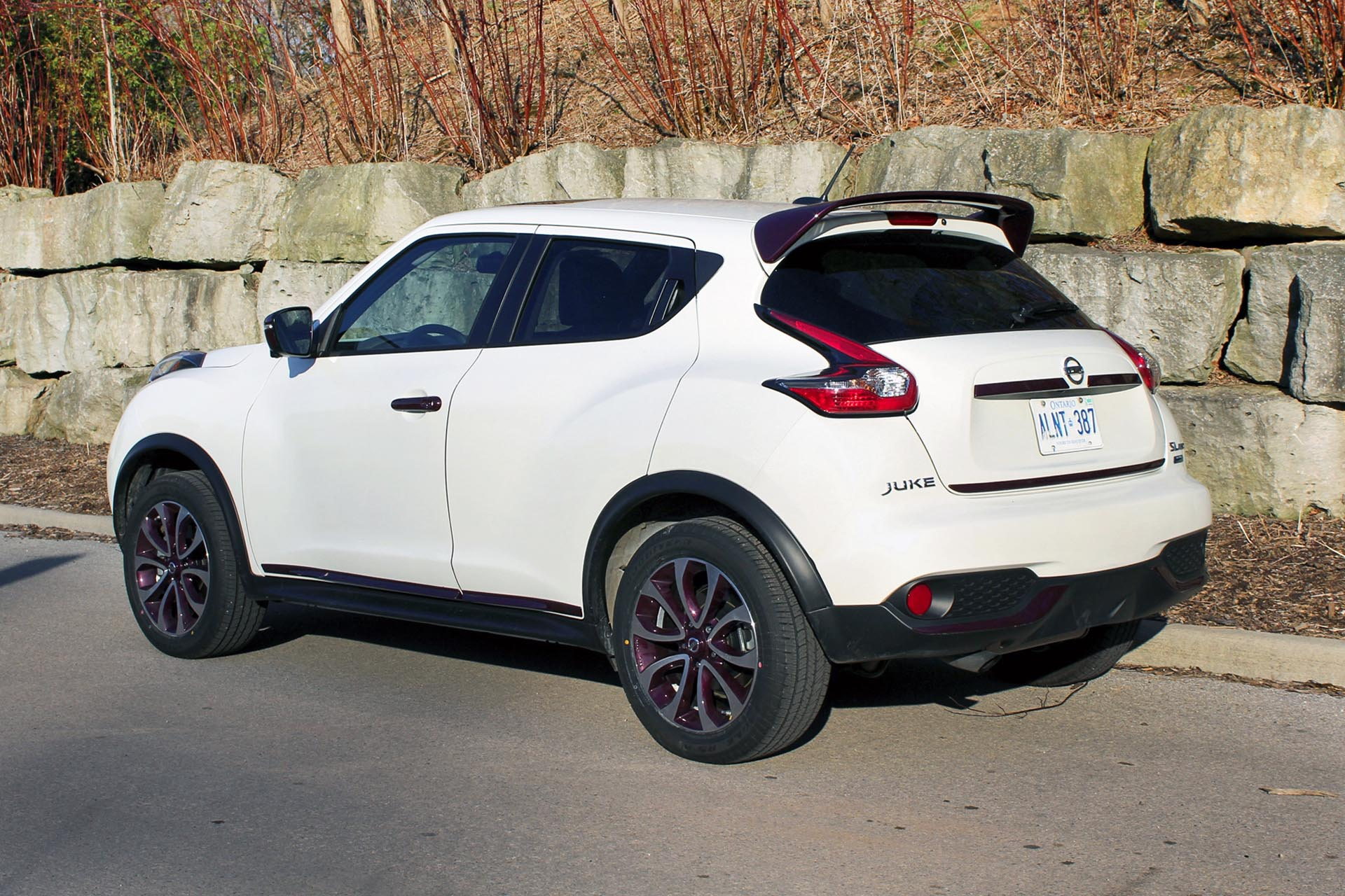 2015 nissan juke sl awd. Black Bedroom Furniture Sets. Home Design Ideas