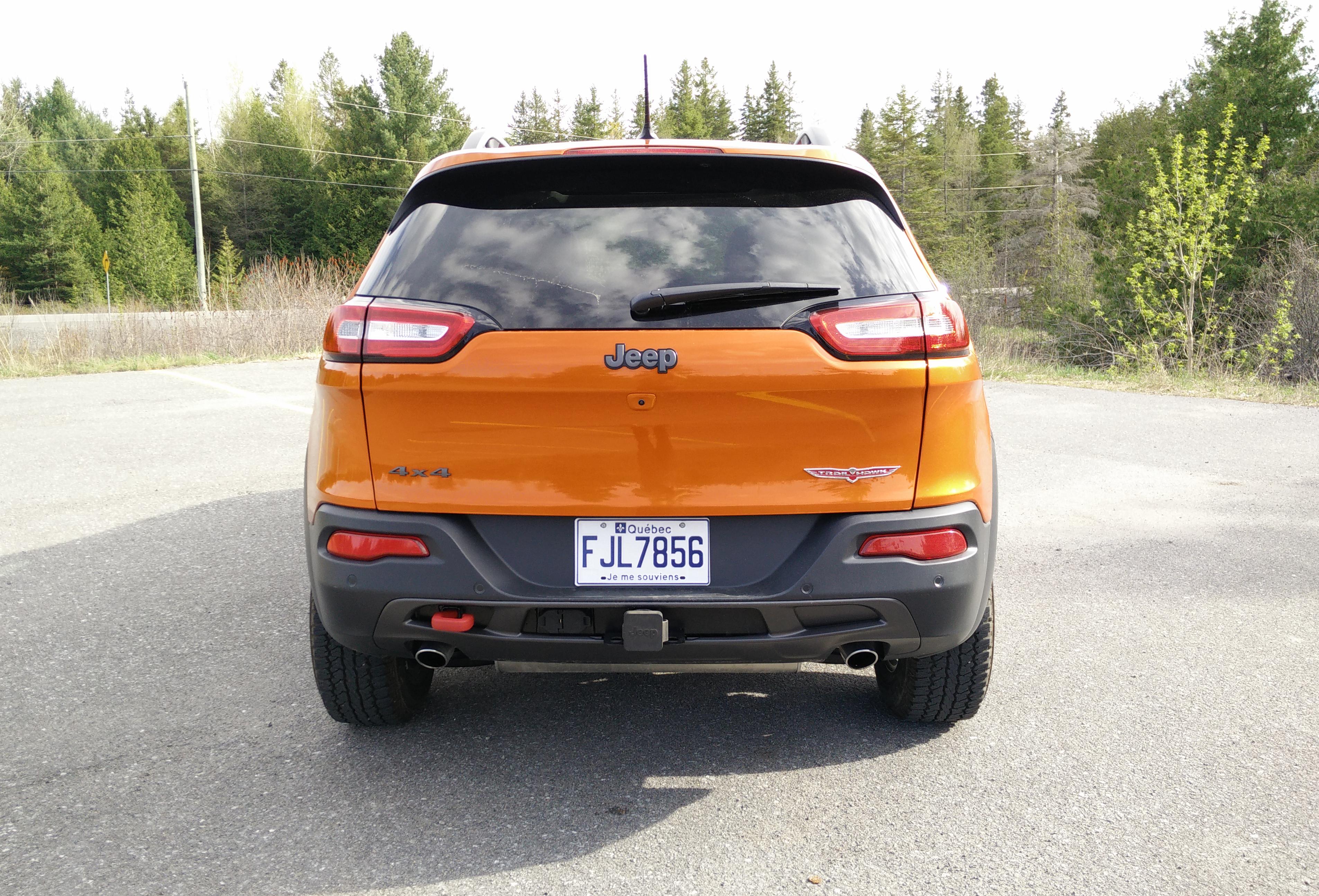 cherokee standard prix trailhawk columnarticles d jeep essais messages vehicules grand au un fr