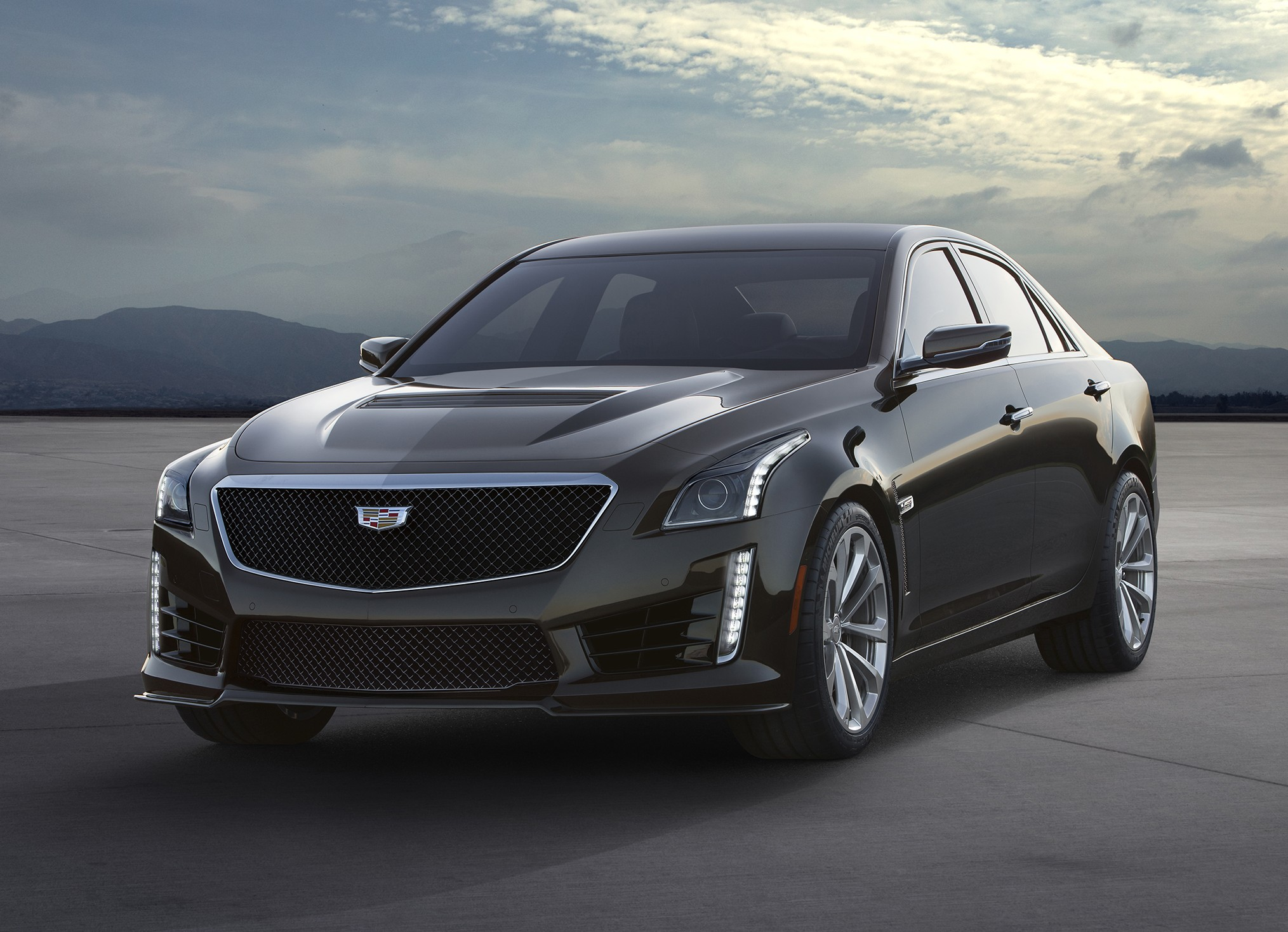 2016 cadillac cts v priced below 92 000 goes on sale this summer. Black Bedroom Furniture Sets. Home Design Ideas