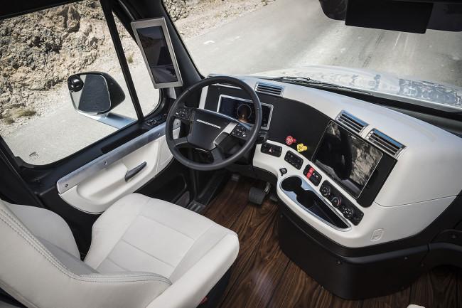 Freightliner Inspiration Autonomous Semi-Truck
