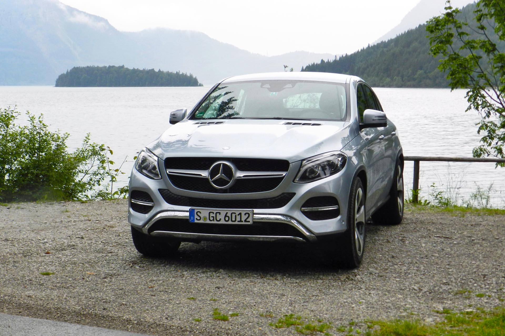 First drive 2016 mercedes benz gle and gle coupe for Mercedes benz 400