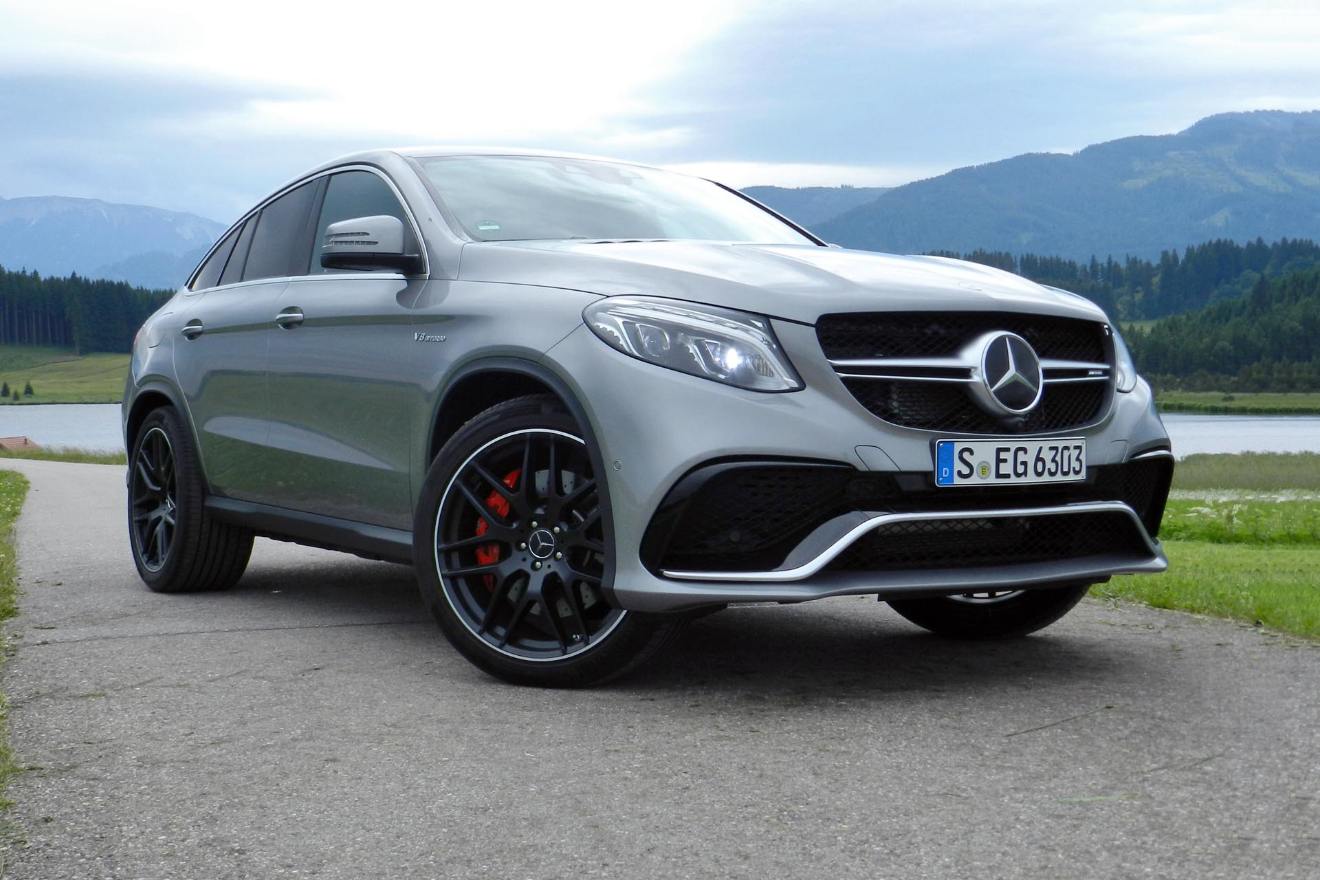 quick spin 2016 mercedes amg gle 63 s coupe. Black Bedroom Furniture Sets. Home Design Ideas