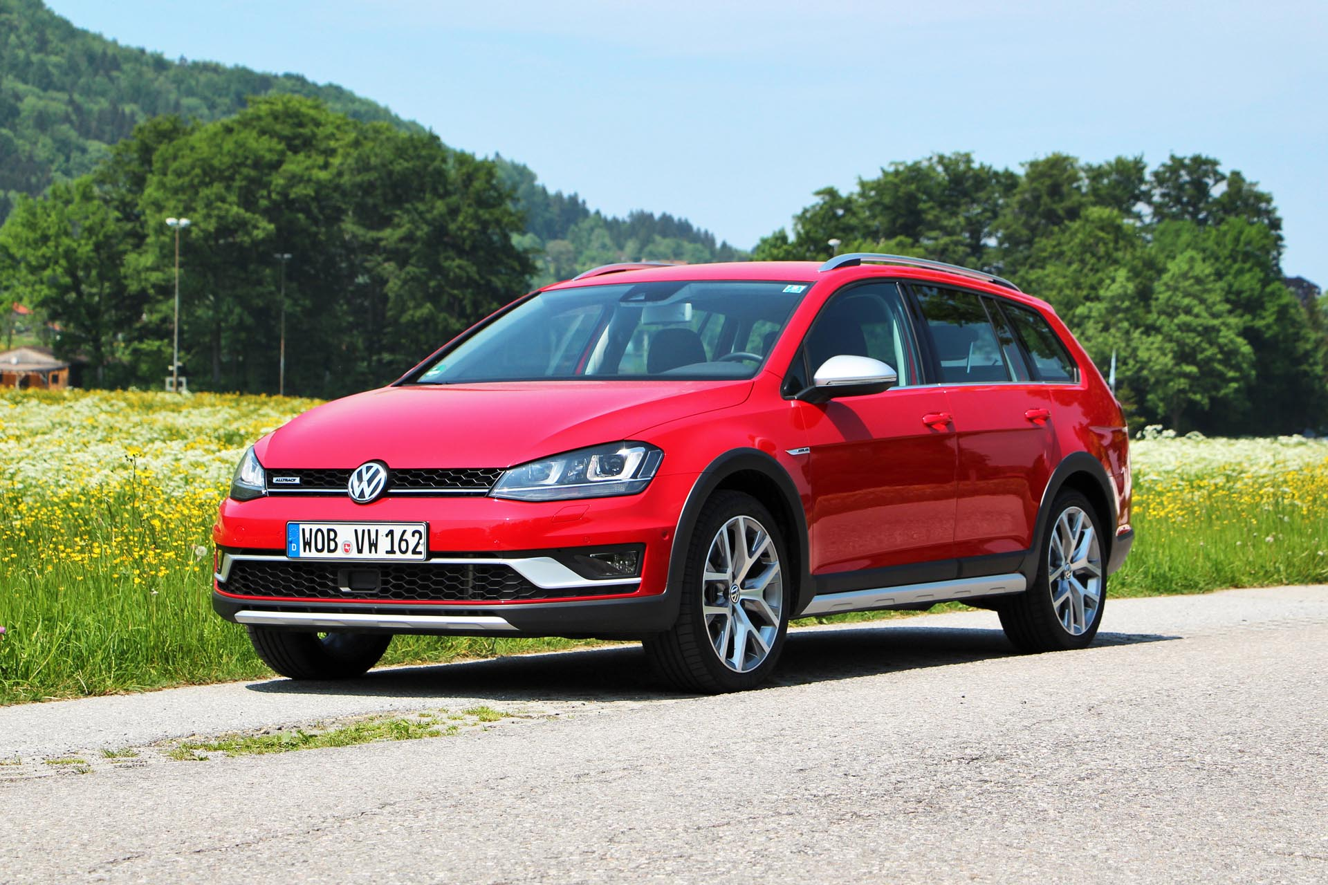 2016 volkswagen golf alltrack. Black Bedroom Furniture Sets. Home Design Ideas