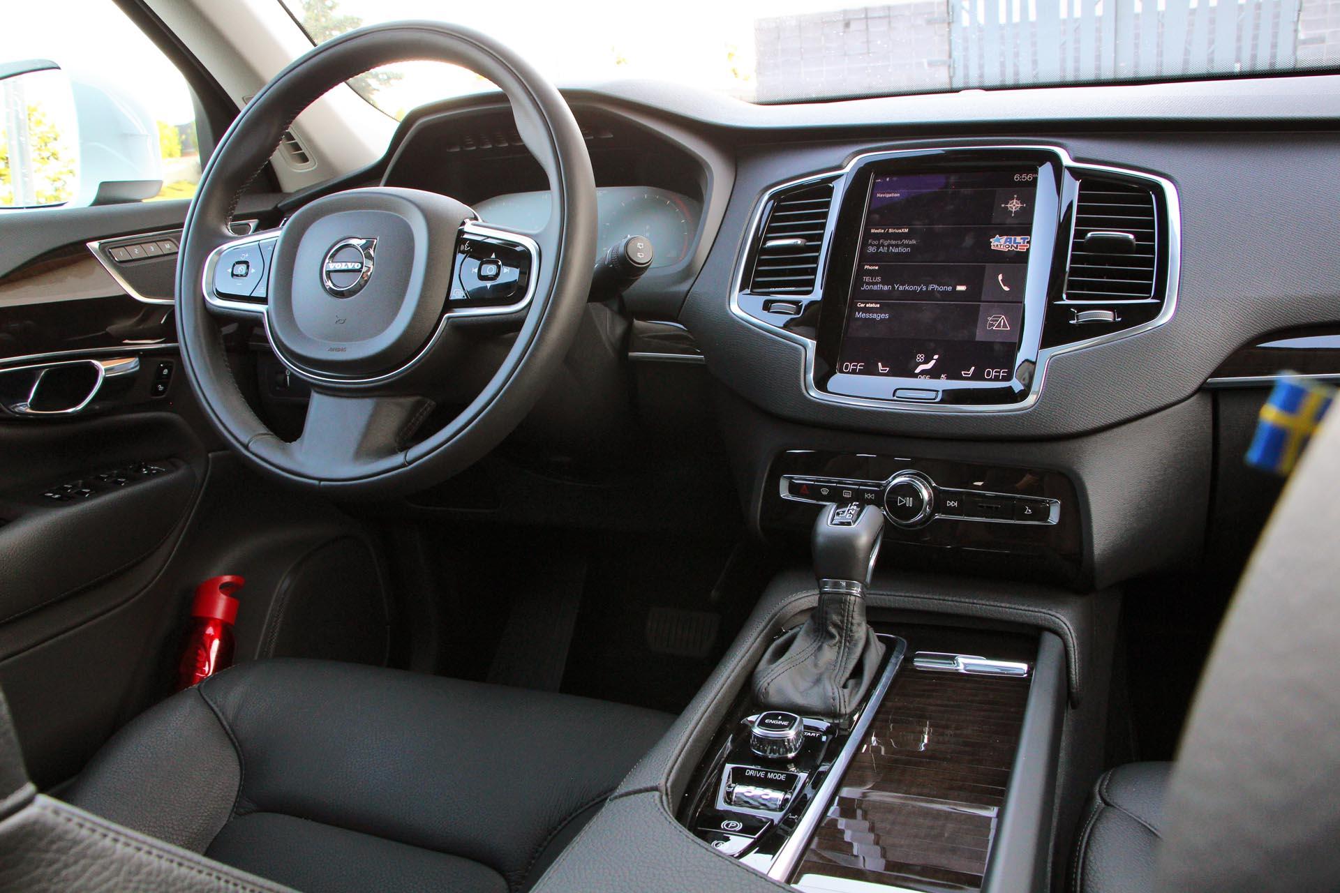 2016 Volvo Xc90 Momentum T6 Drive E