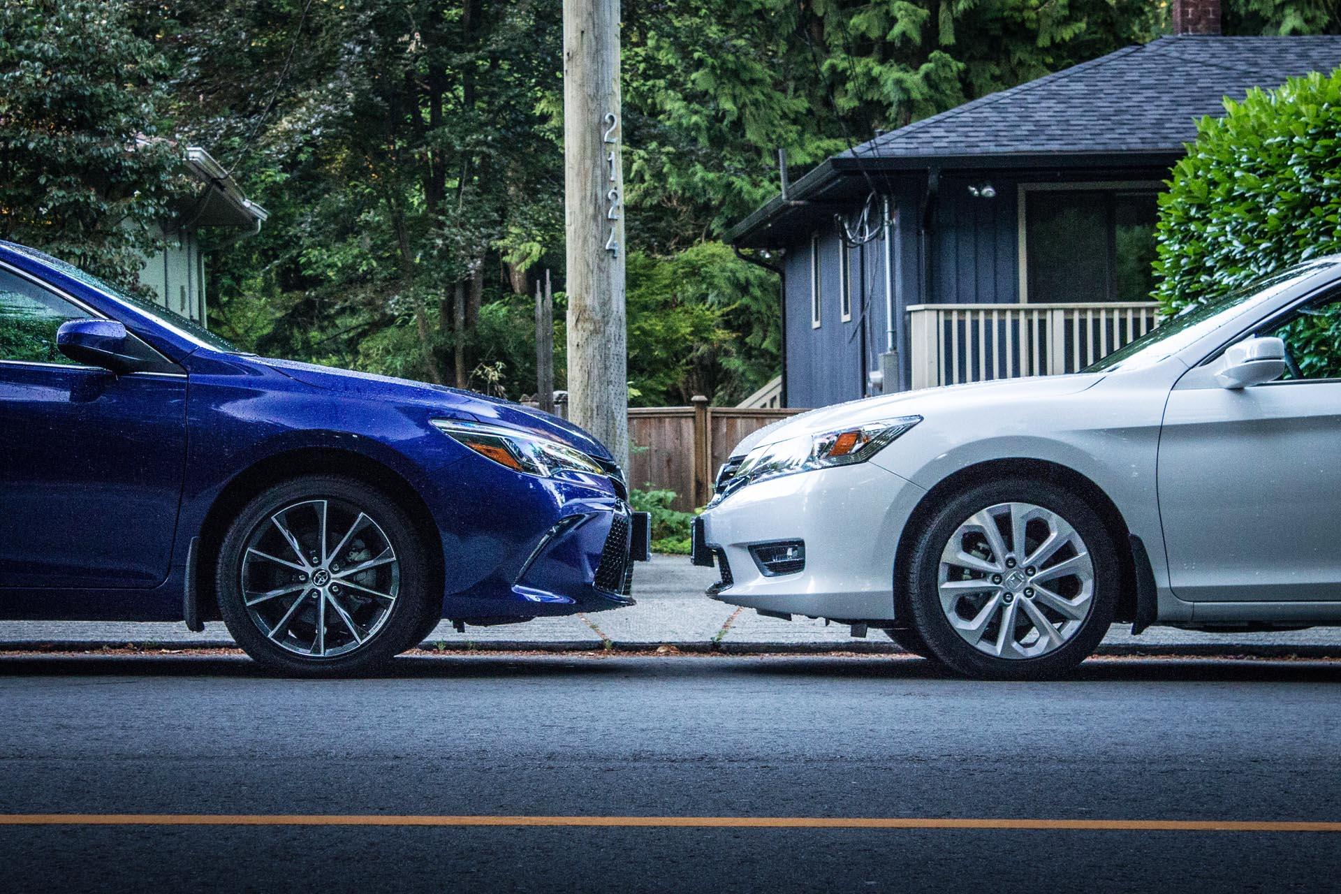 2015 Honda Accord vs Toyota Camry Autos