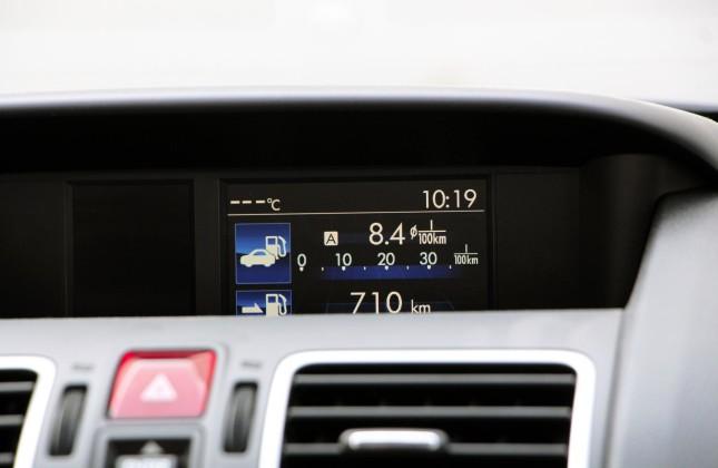 subaru xv crosstrek manual transmission review