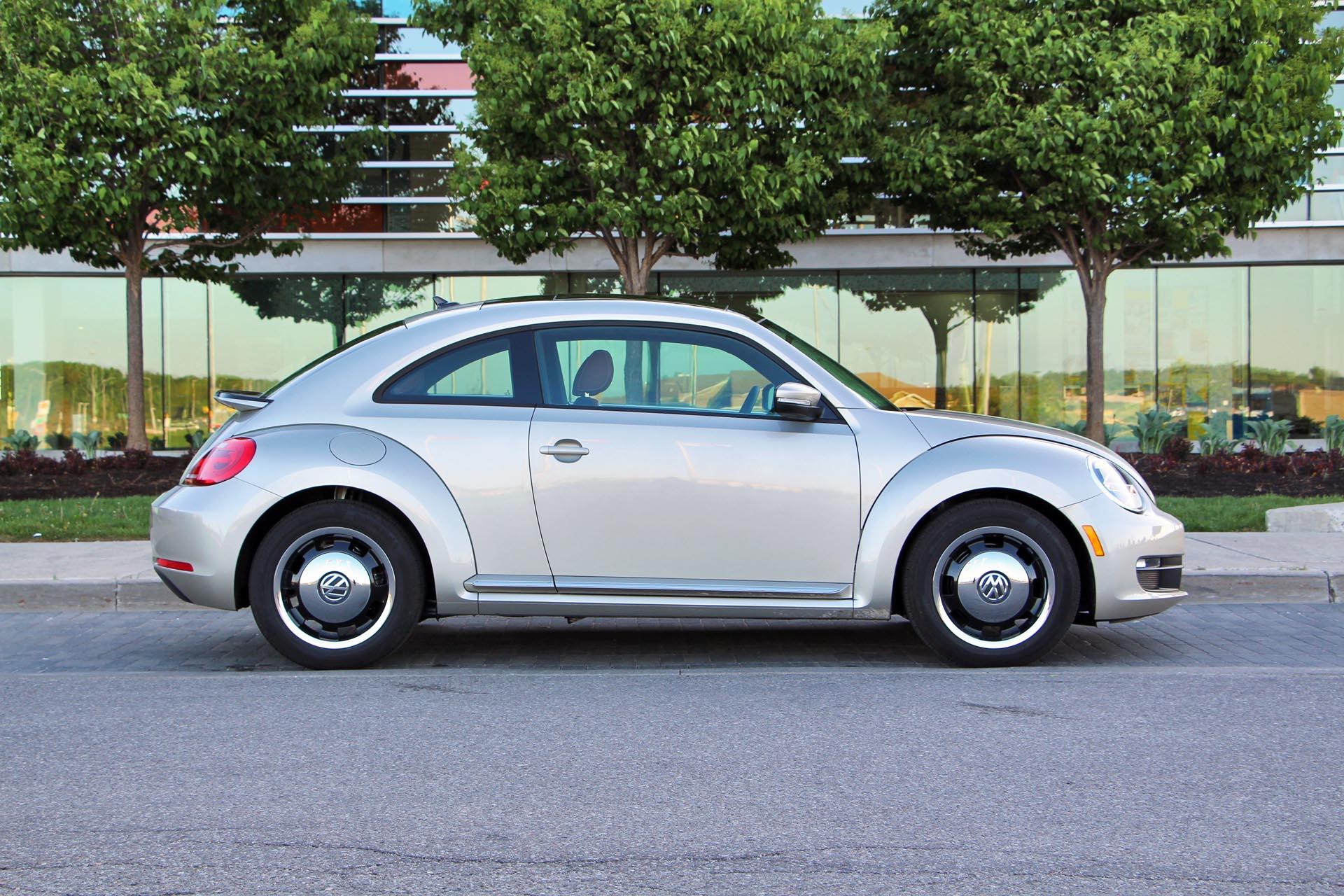2015 volkswagen beetle classic. Black Bedroom Furniture Sets. Home Design Ideas