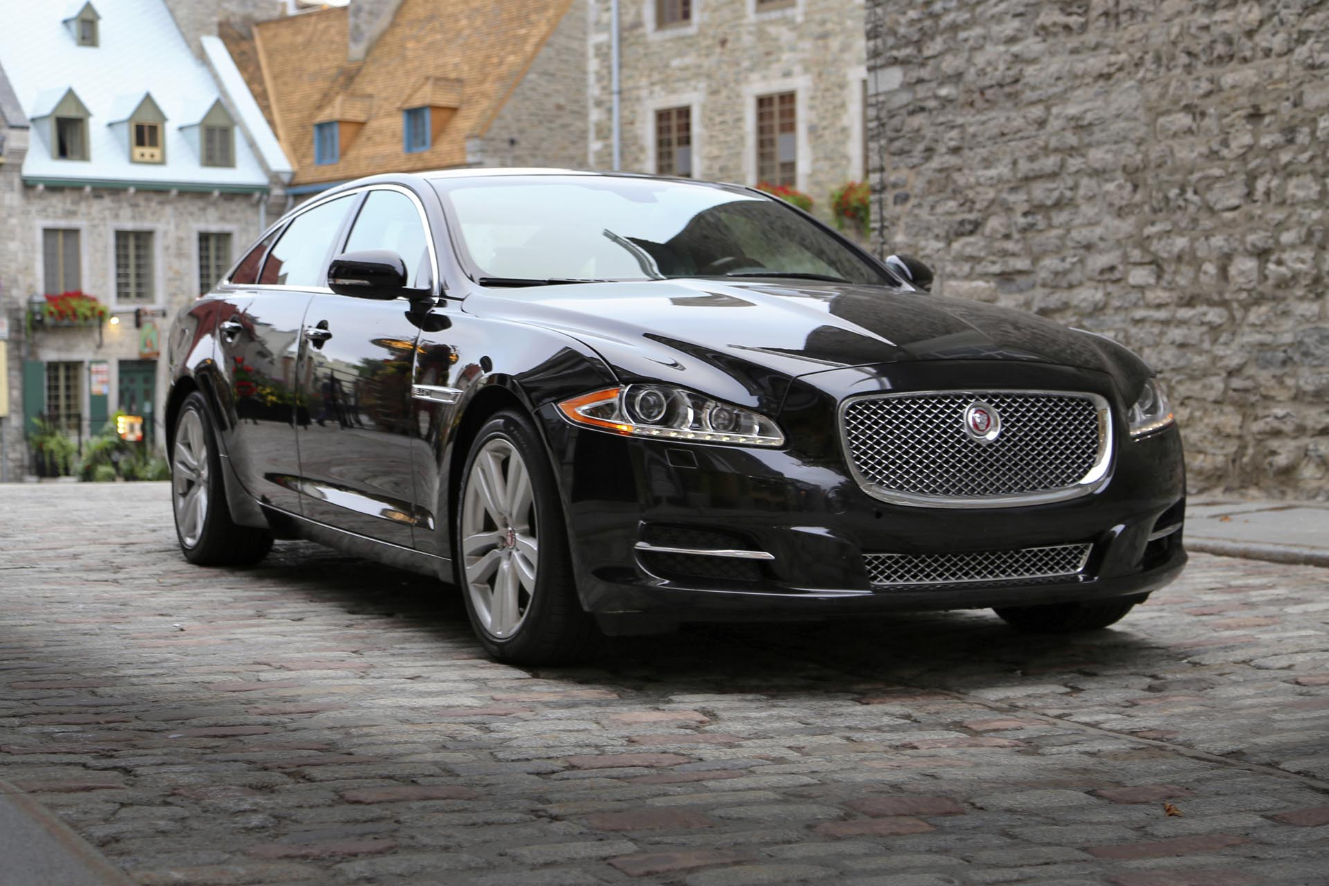 2015 jaguar xj lwb awd portfolio. Black Bedroom Furniture Sets. Home Design Ideas