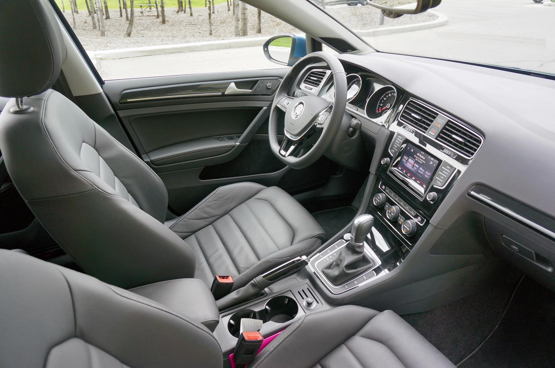 First Drive 2015 Volkswagen Golf Sportwagon Driving Upcomingcarshq Com