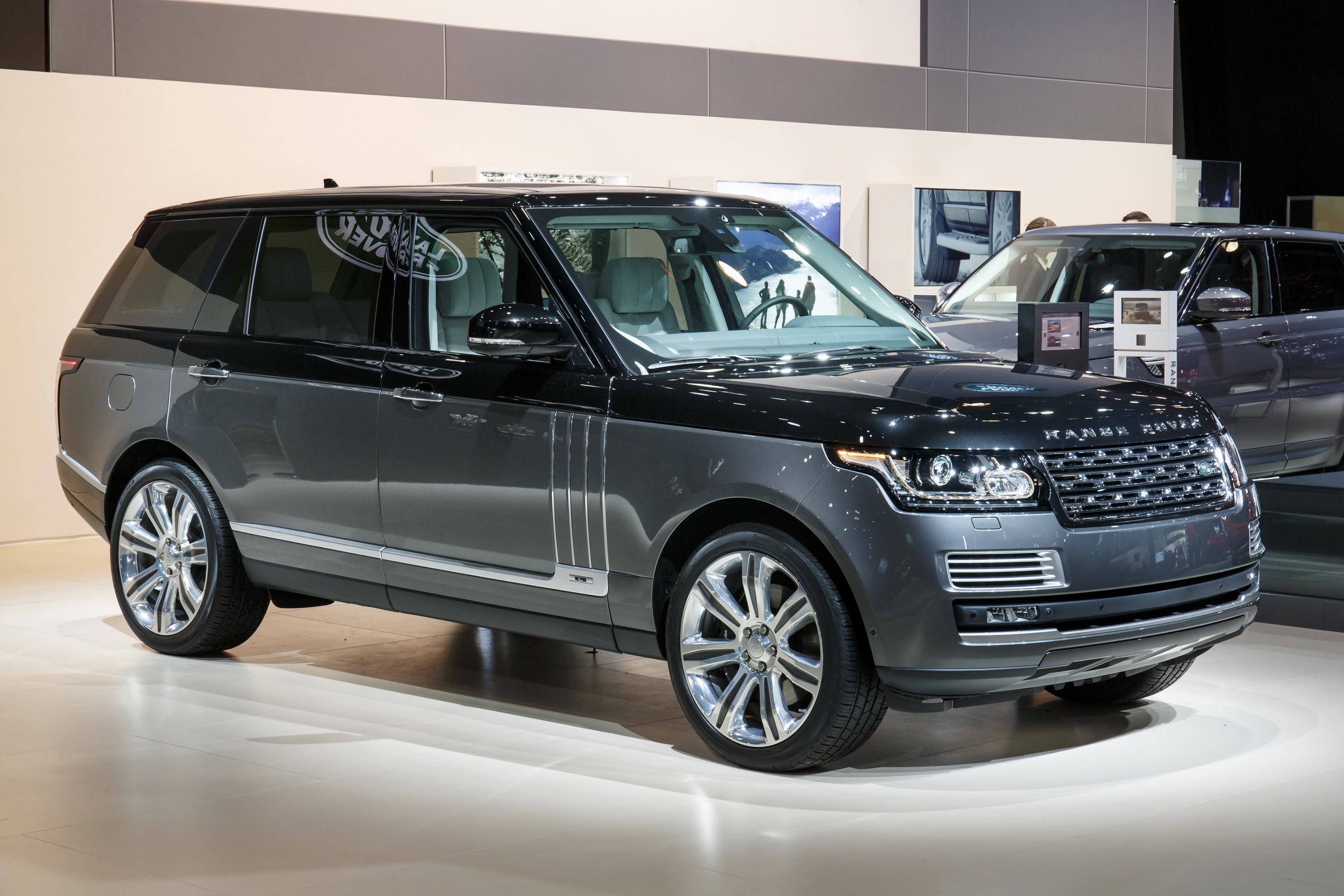 land rover announces prices for new diesel models. Black Bedroom Furniture Sets. Home Design Ideas