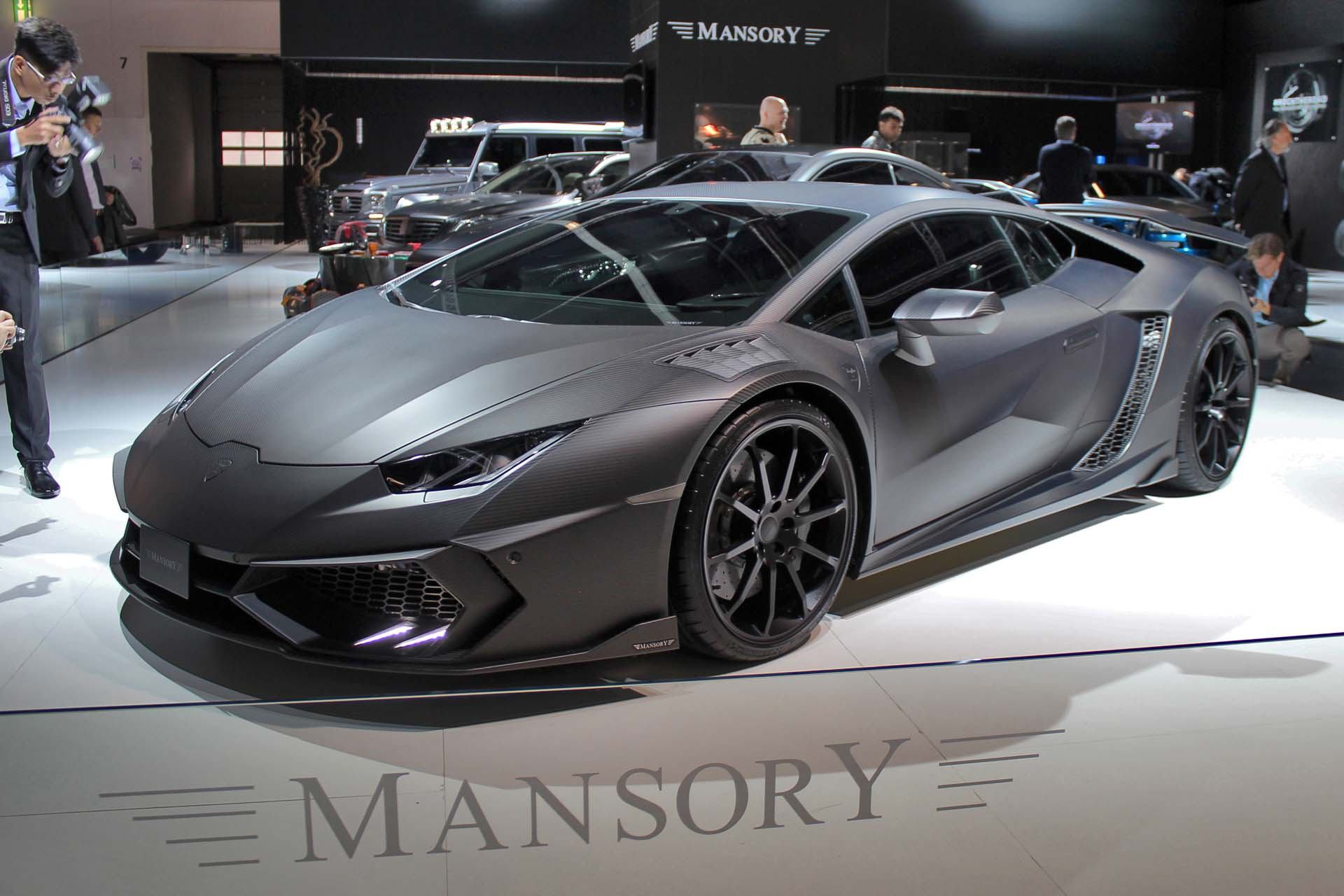 image gallery mansory huracan. Black Bedroom Furniture Sets. Home Design Ideas