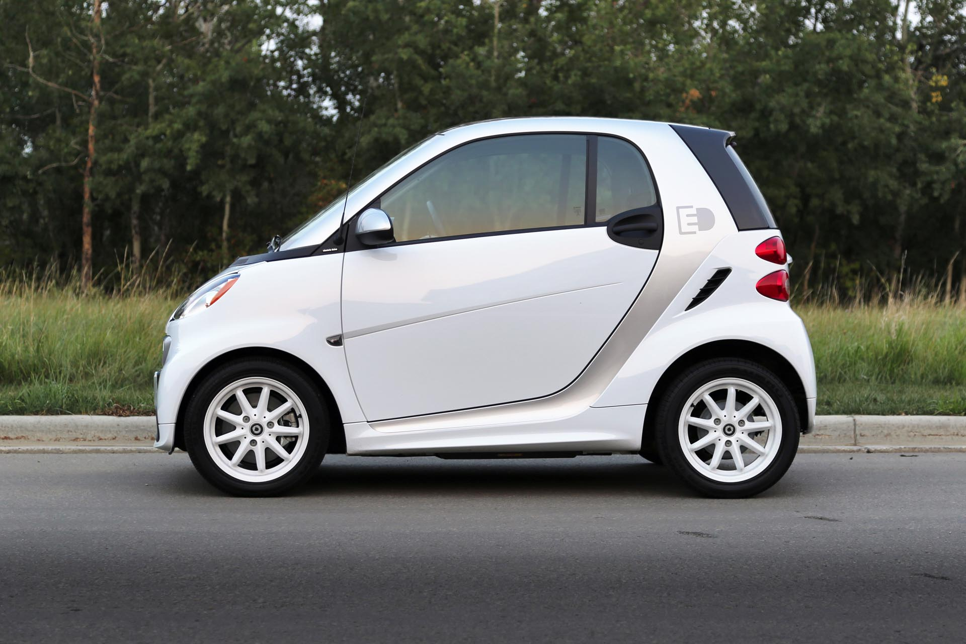 test drive 2015 smart fortwo electric drive. Black Bedroom Furniture Sets. Home Design Ideas