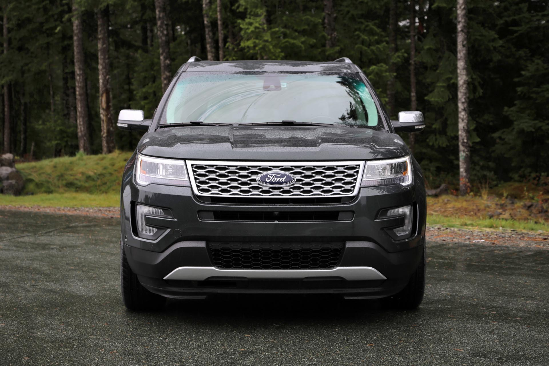 2016 ford explorer titanium. Black Bedroom Furniture Sets. Home Design Ideas