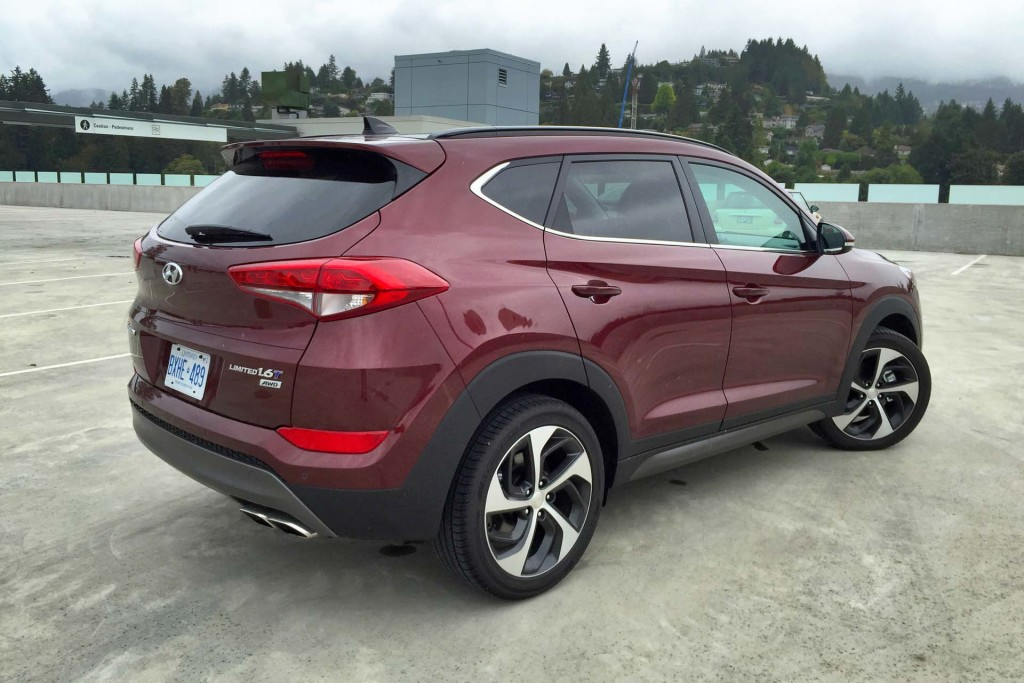 test drive 2016 hyundai tucson limited 1 6t awd. Black Bedroom Furniture Sets. Home Design Ideas