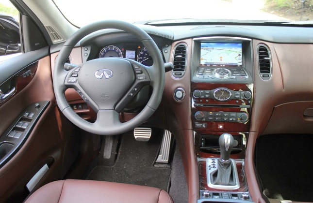 First Drive: 2016 Infiniti QX50  Autos.ca