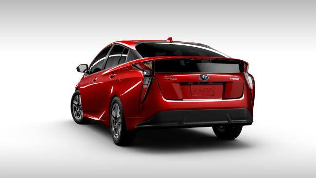 2016_Toyota_Prius_032