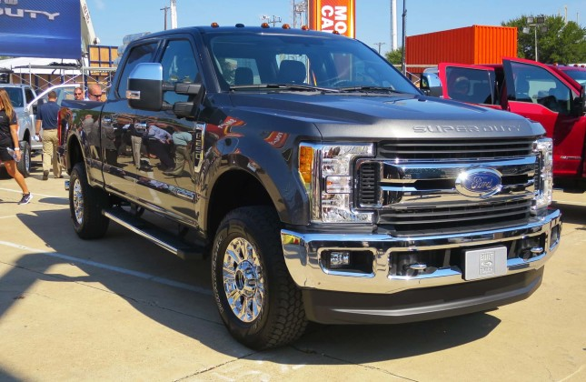 Preview: 2017 Ford Super Duty F-250/350/450 - Autos.ca