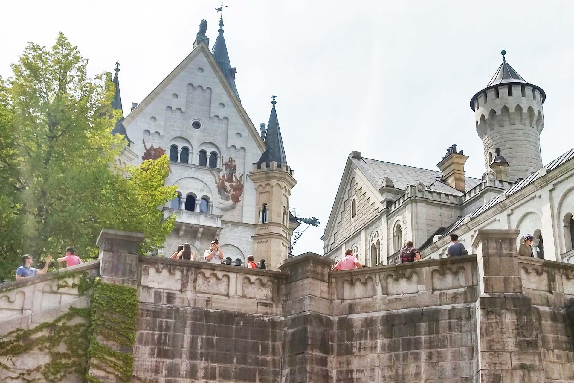 Inside Neuschwanstein Castle Walls Autos Ca