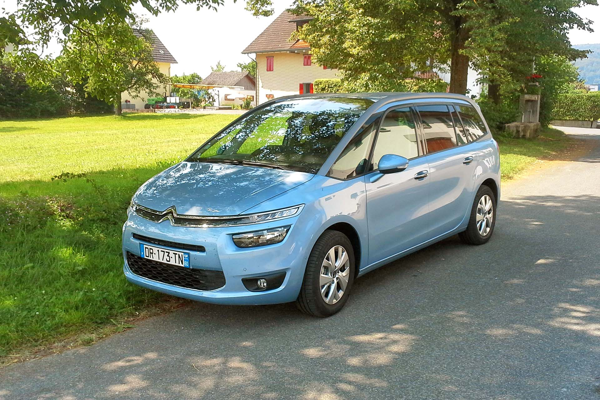 unobtainium road trip 2015 citroen grand c4 picasso. Black Bedroom Furniture Sets. Home Design Ideas