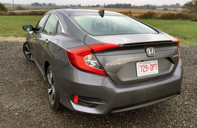Top 10 best gas mileage compact cars best mpg coupes for 2015 honda civic gas mileage