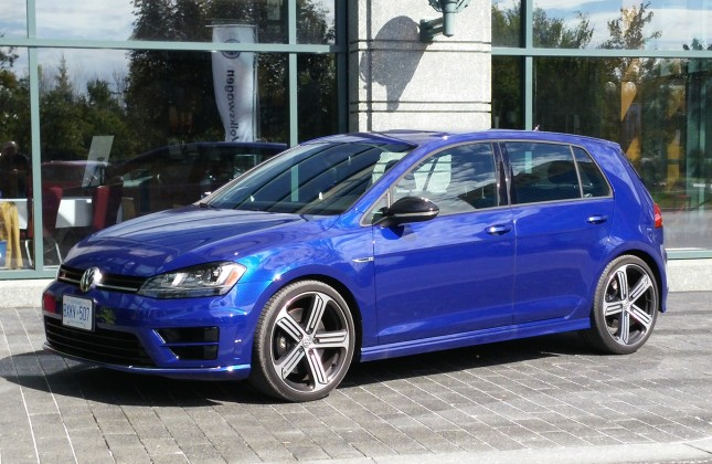 first drive 2016 volkswagen golf r. Black Bedroom Furniture Sets. Home Design Ideas