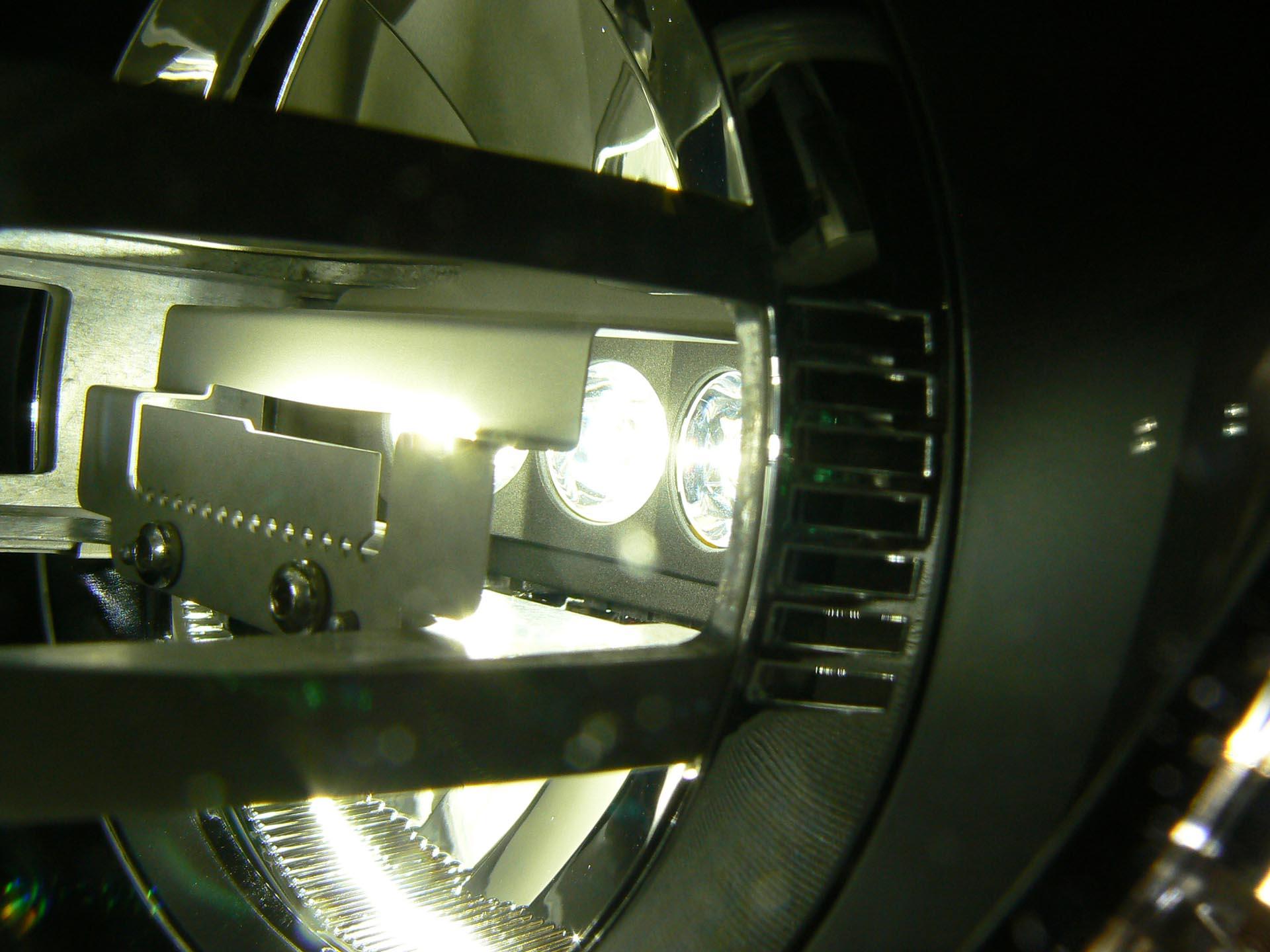 05-JP-Inside-LED-Headlights