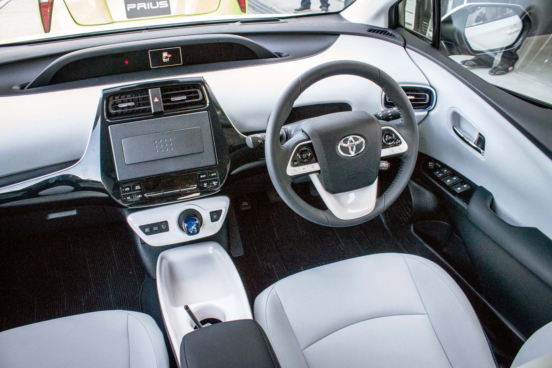 press carscoops efficiency and photo is go toyota prius the review gallery