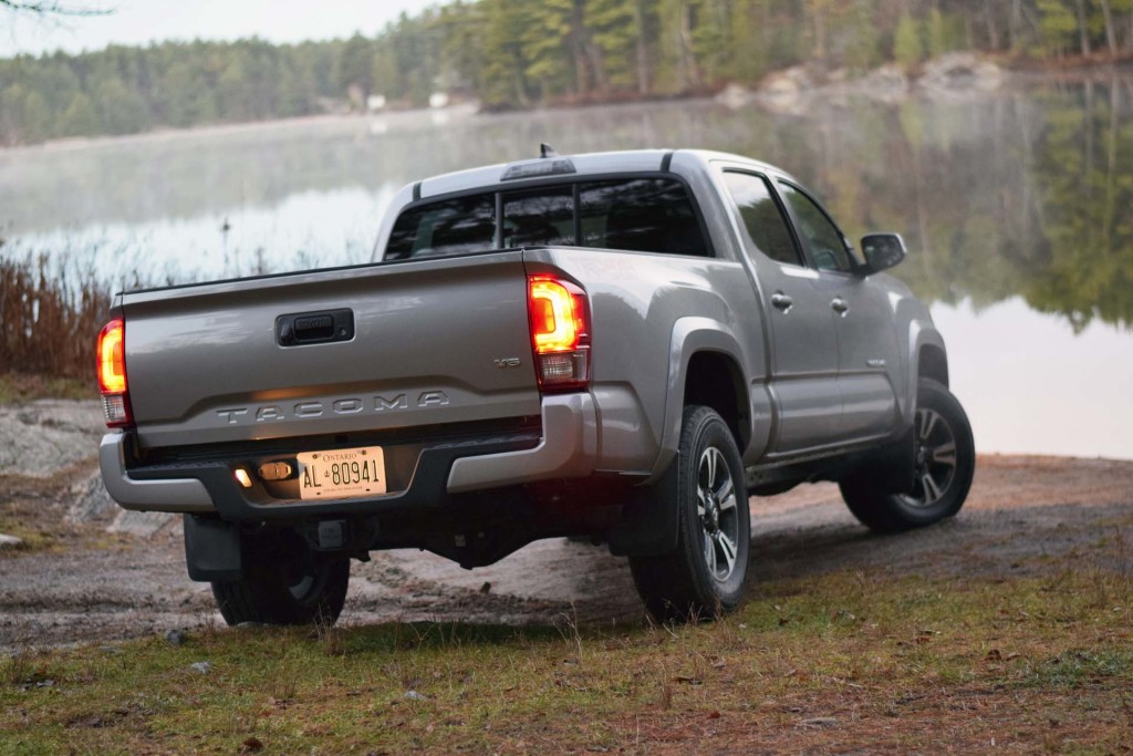 test drive 2016 toyota tacoma 4x4 double cab trd sport page 3 of 3 page 3. Black Bedroom Furniture Sets. Home Design Ideas
