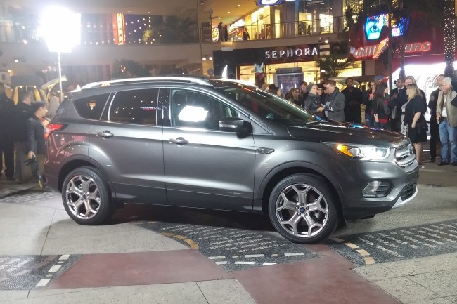 2017 ford escape CHASE 0005
