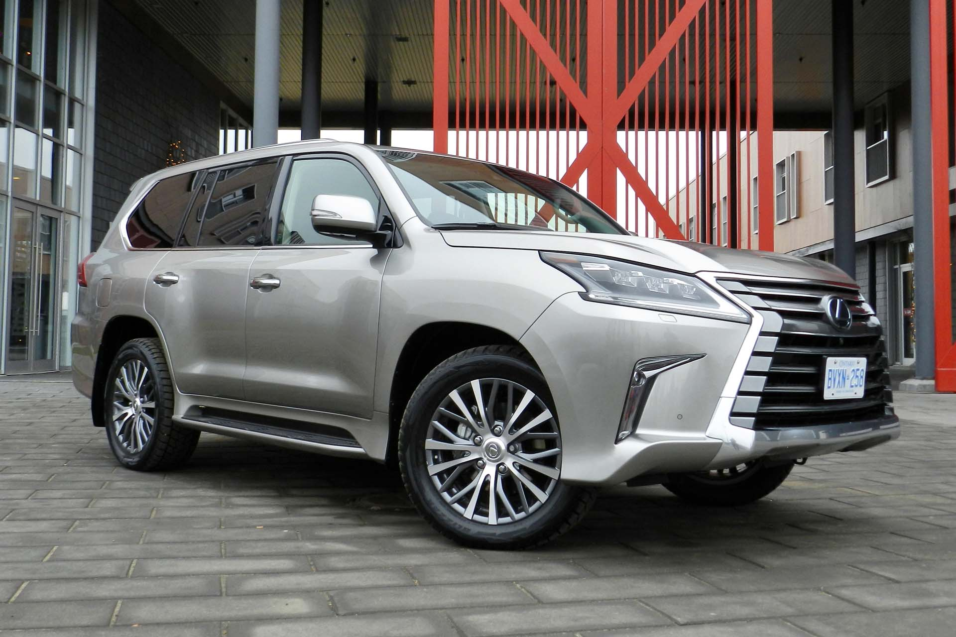 first drive 2016 lexus lx 570. Black Bedroom Furniture Sets. Home Design Ideas