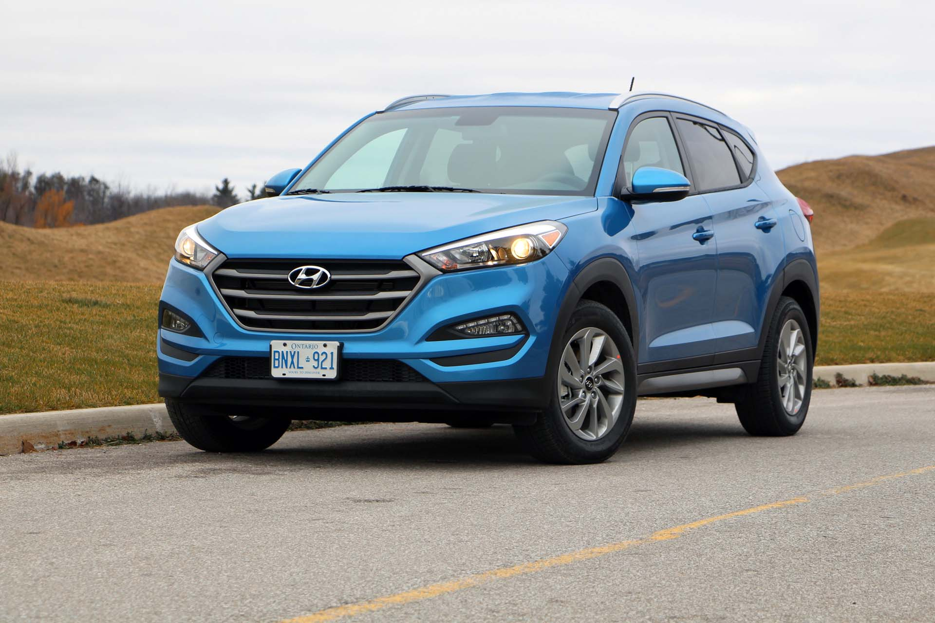 long term test arrival 2016 hyundai tucson. Black Bedroom Furniture Sets. Home Design Ideas