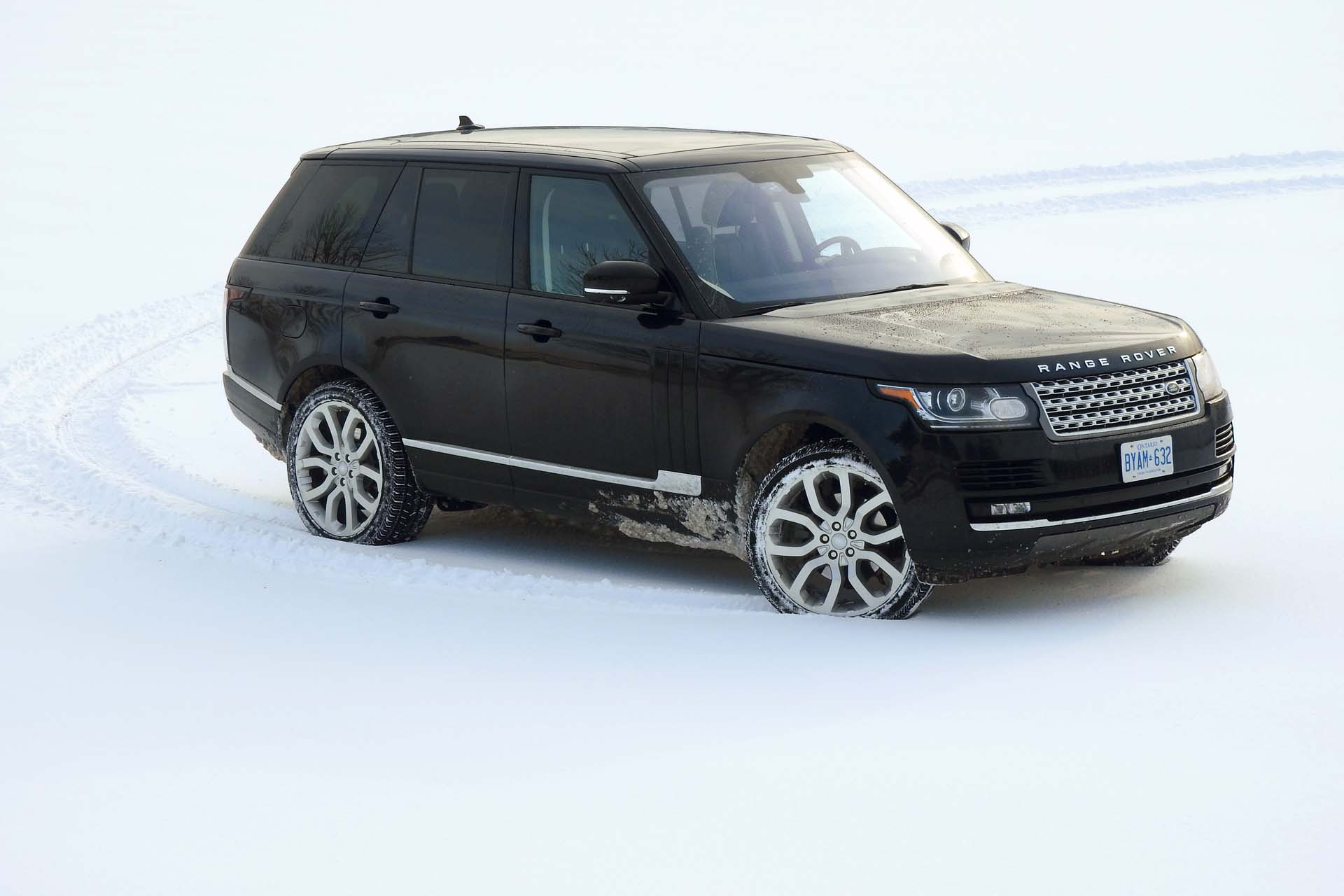 test drive 2016 land rover range rover hse td6. Black Bedroom Furniture Sets. Home Design Ideas
