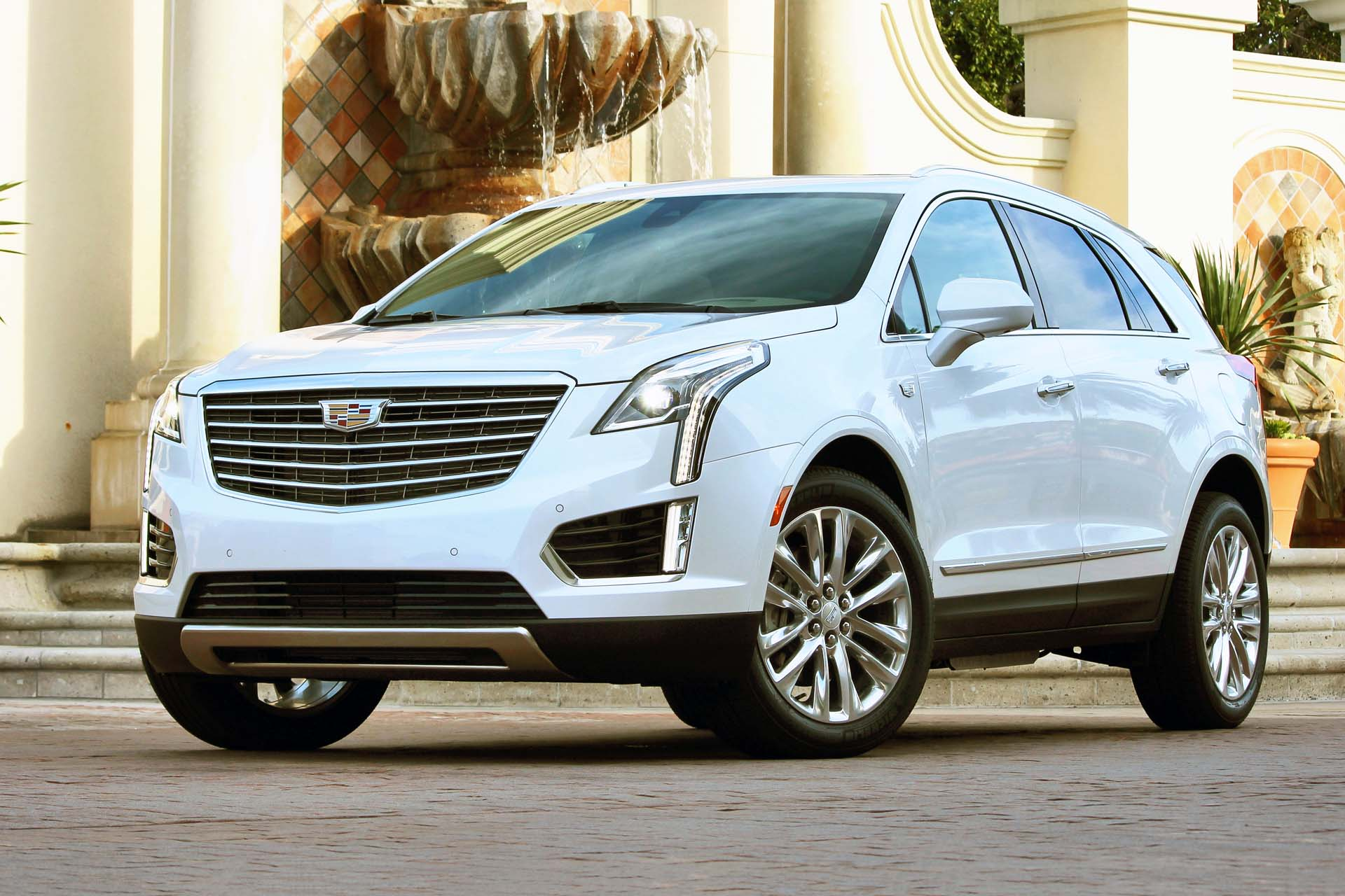 First Drive 2017 Cadillac Xt5 Autos Ca