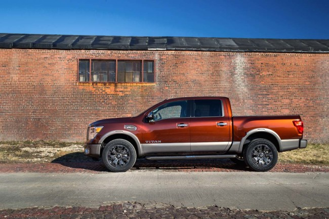 The 2016 TITAN XD is equipped with a 5.6-liter Endurance® V8 gasoline engine. Assembled in Decherd, Tenn., the new 5.6-liter Endurance V8 engine features four-valves per cylinder, Variable Valve Event & Lift and Direct Injection, and is rated at 390 horsepower @ 5,800 rpm and 401 lb-ft of torque @ 4,000 rpm.