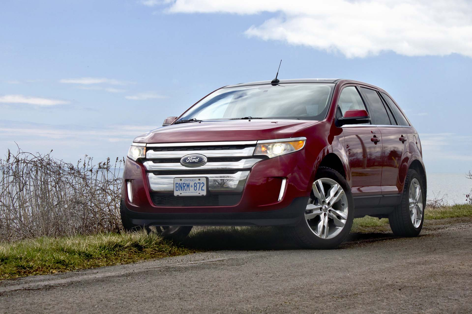 Used Vehicle Review: Ford Edge, 2011-2014 and Lincoln MKX ...