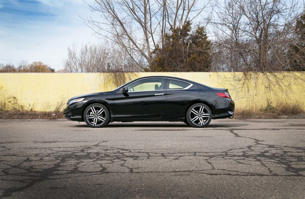 Test drive 2016 honda accord coupe v6 touring page 3 of for 03 honda accord coupe