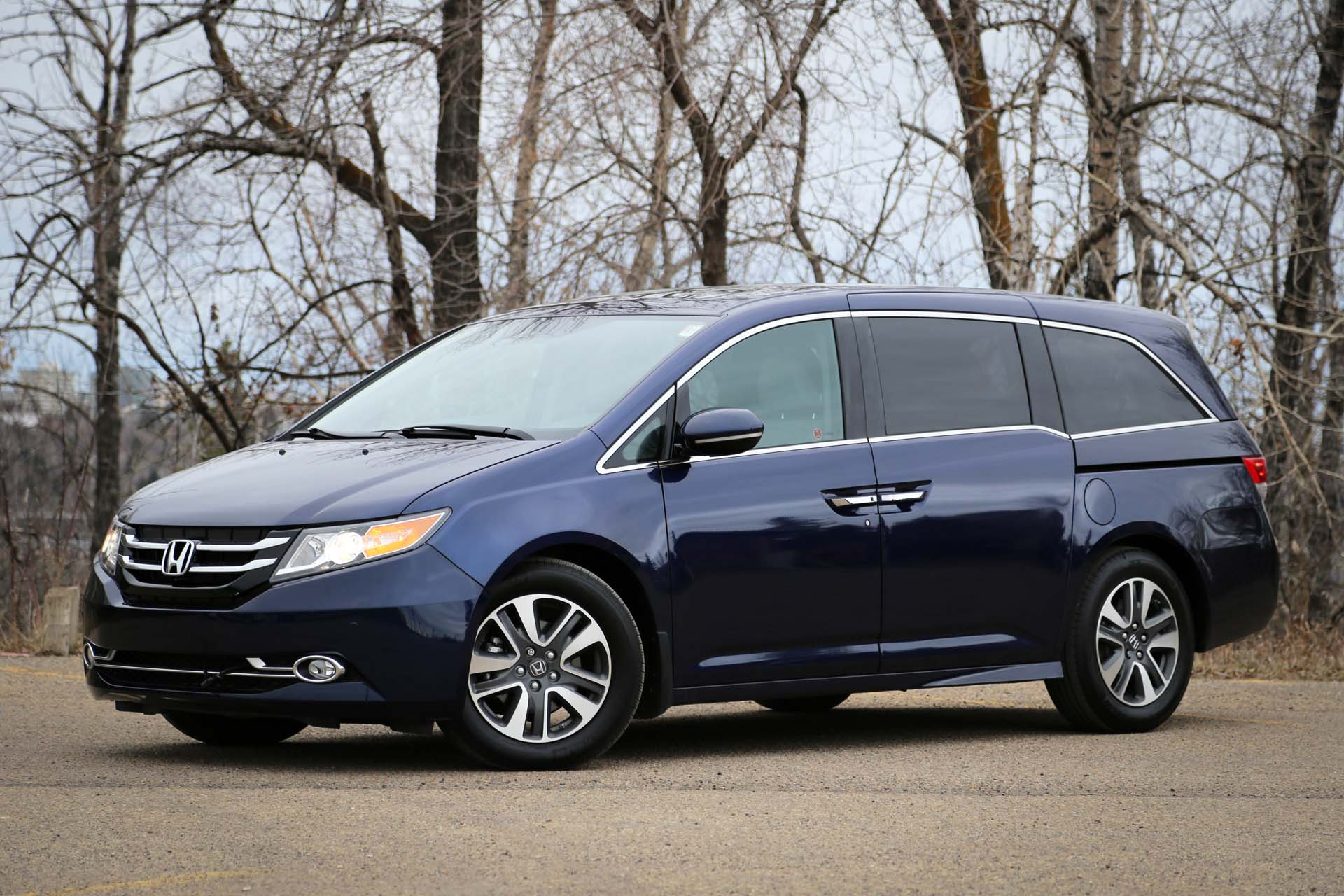 2016 honda odyssey touring. Black Bedroom Furniture Sets. Home Design Ideas