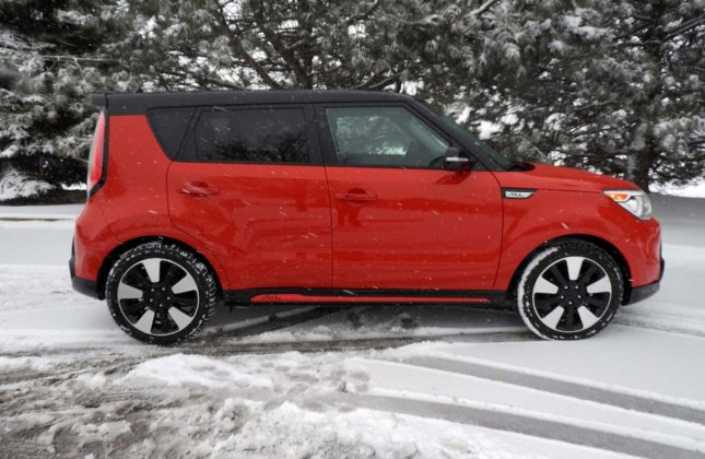 test drive 2016 kia soul. Black Bedroom Furniture Sets. Home Design Ideas